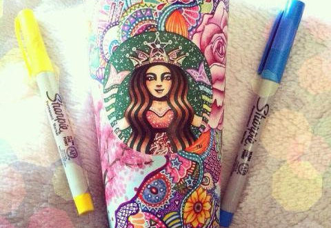 She creates masterpieces with cups of Starbuck